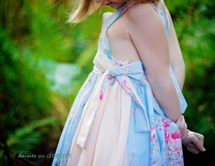 Joy Dress: daisies and dresses